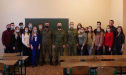 Встреча студентов с военнослужащими Отдельной Артиллерийской бригады «Кальмиус»