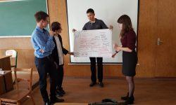 Кафедра инновационного менеджмента и управления проектами провела для старшеклассников профессионально ориентированный тренинг